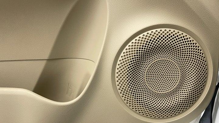 Toyota Yaris-Speakers
