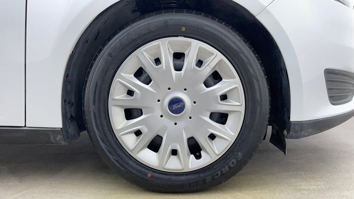 Ford Focus-Right Front Tyre