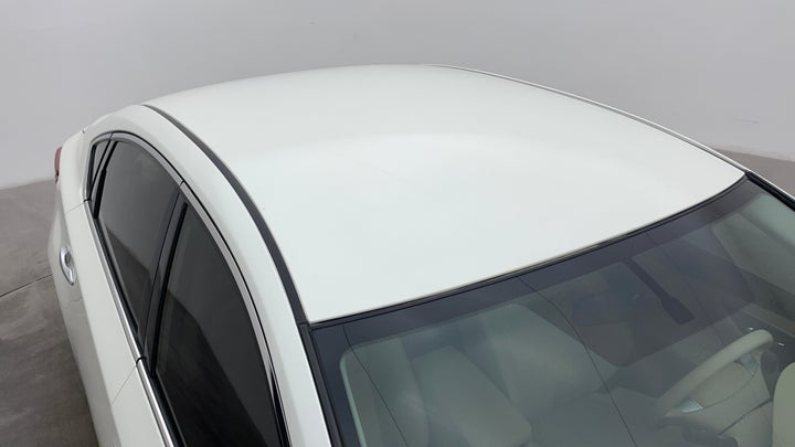 Nissan Altima-Roof/Sunroof View