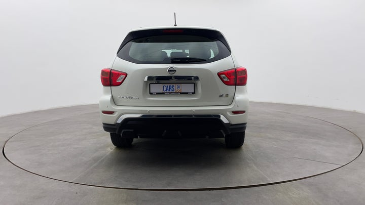 Nissan Pathfinder-Back/Rear View