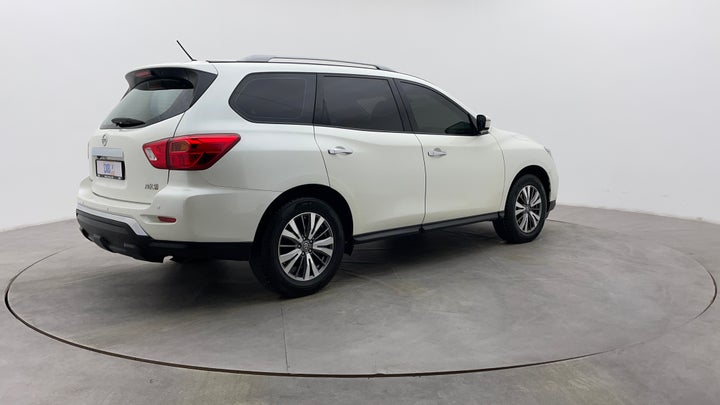 Nissan Pathfinder-Right Back Diagonal (45- Degree) View