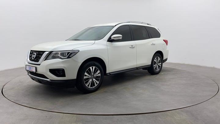 Nissan Pathfinder-Left Front Diagonal (45- Degree) View
