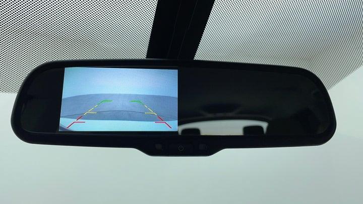 Nissan Pathfinder-IRVM Mounted Reverse Camera