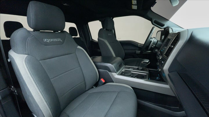 Ford F 150 RAPTOR-Right Side Front Door Cabin View