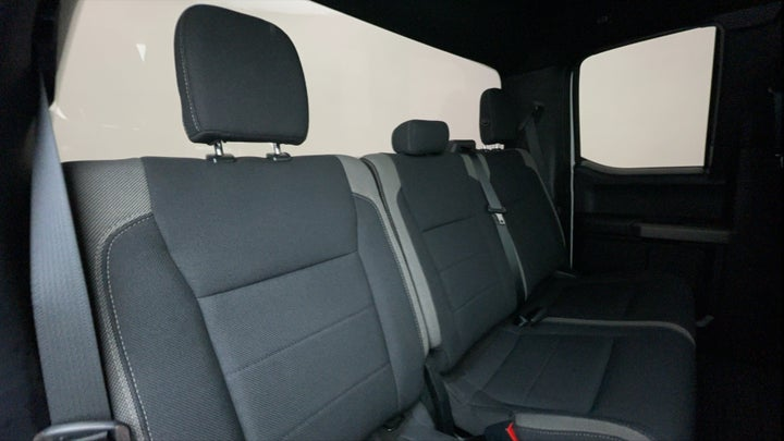Ford F 150 RAPTOR-Right Side Door Cabin View