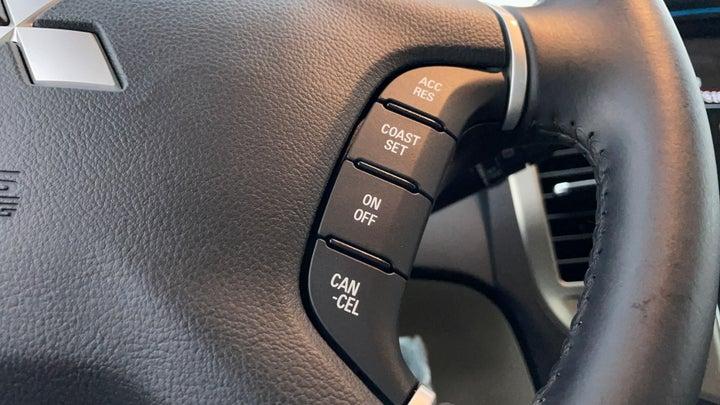 Mitsubishi Pajero-Cruise Control