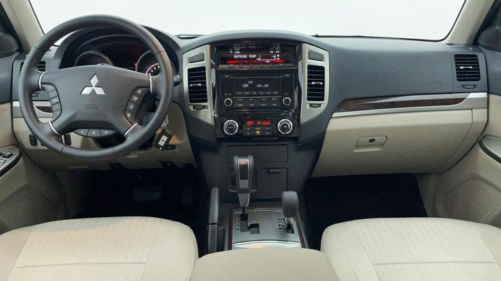 Mitsubishi Pajero-Dashboard View
