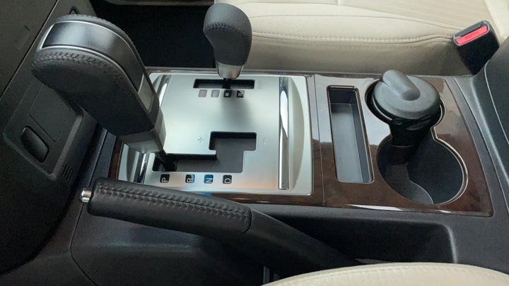 Mitsubishi Pajero-Gear Lever