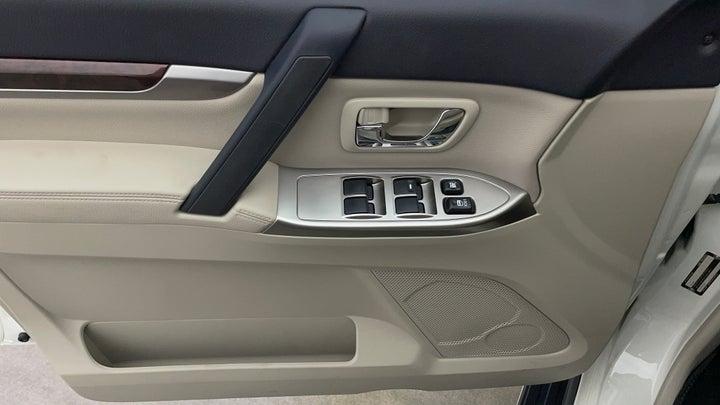 Mitsubishi Pajero-Driver Side Door Panels Controls