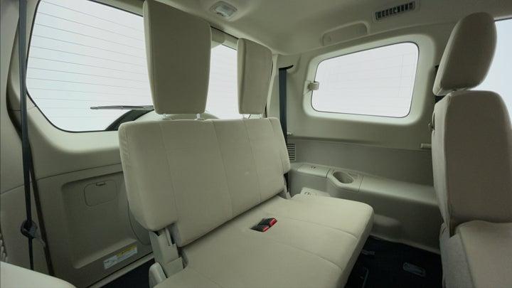 Mitsubishi Pajero-Third Seat Row