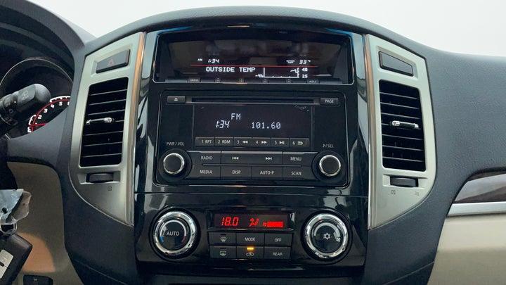 Mitsubishi Pajero-Center Console