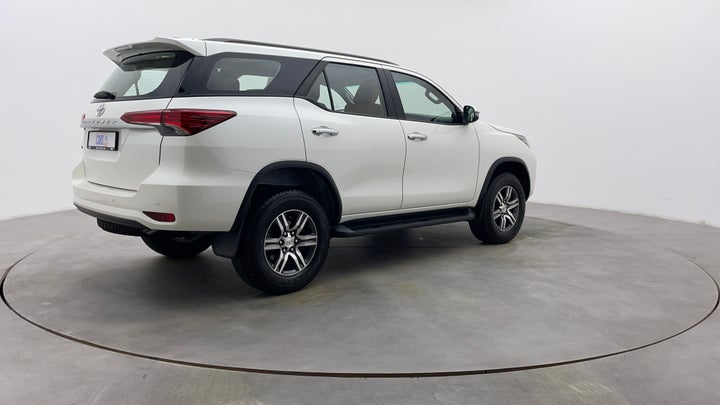 Toyota Fortuner-Right Back Diagonal (45- Degree) View