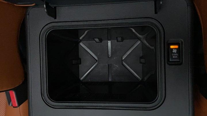 Nissan Patrol-Cooler Box