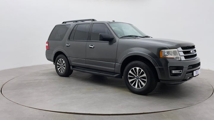 Ford Expedition-Right Front Diagonal (45- Degree) View