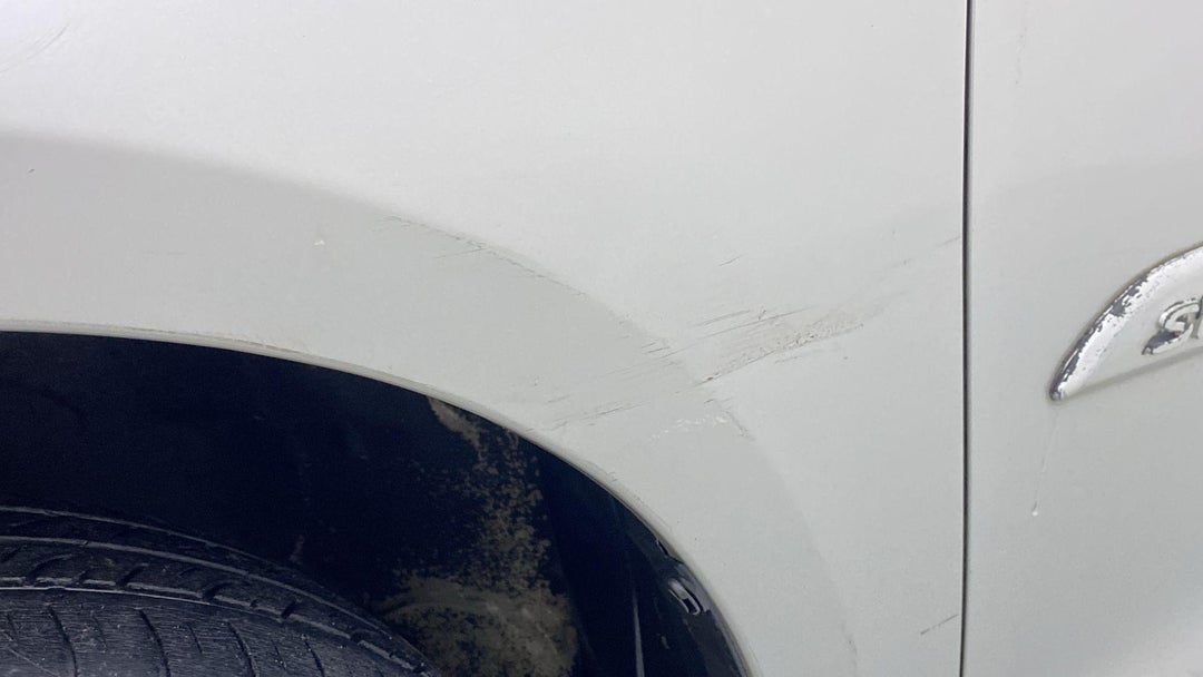 LEFT FRONT FENDER SCRATCHED (2 TO 3 INCHES)