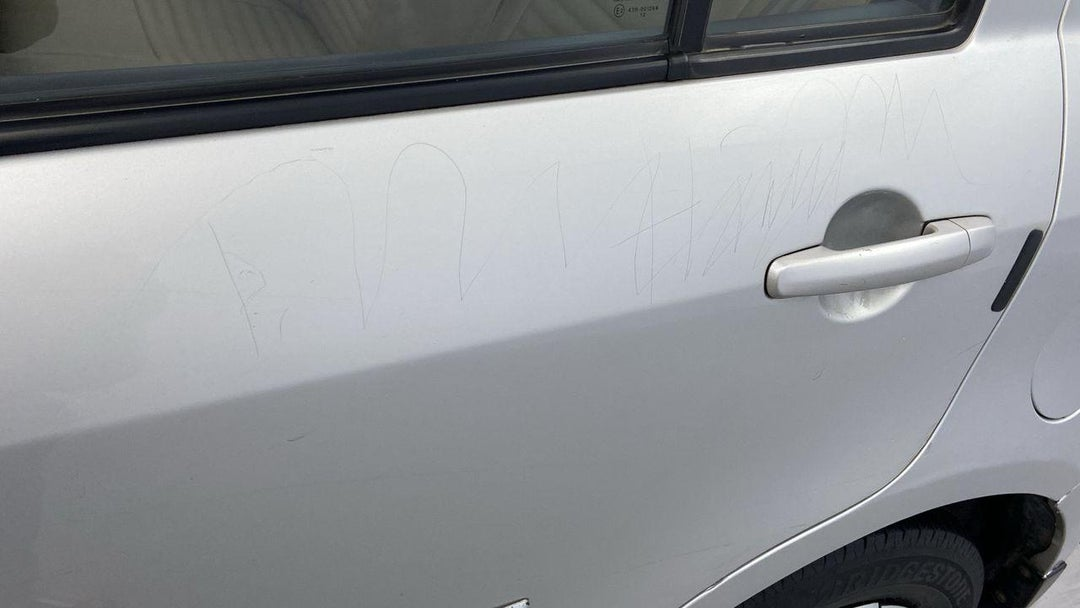 Left Rear Door Multiple Scratches Light