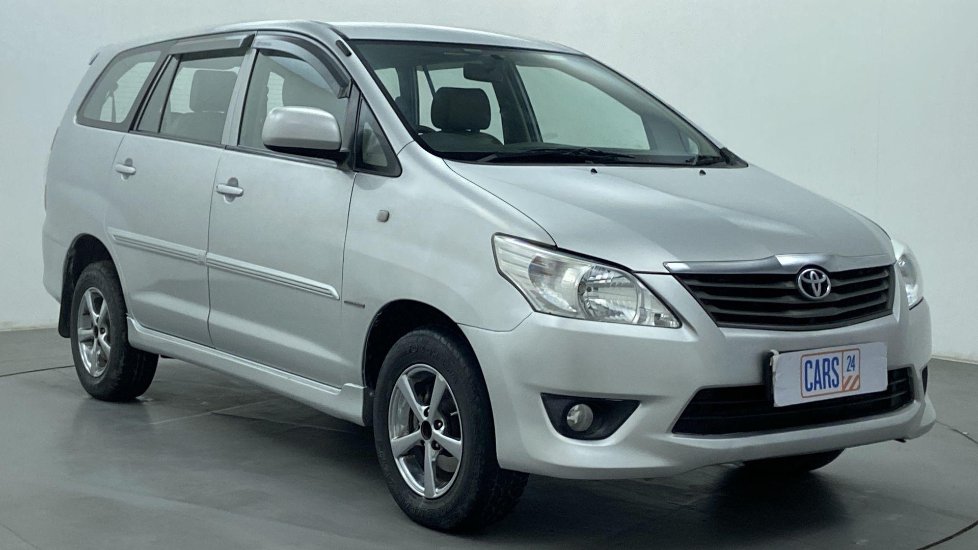 2012 Toyota Innova 2.5 GX 7 STR BS IV