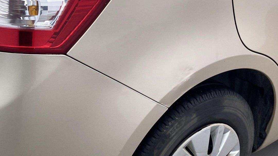 Right Qtr Panel Dent (1 to 2 inches)