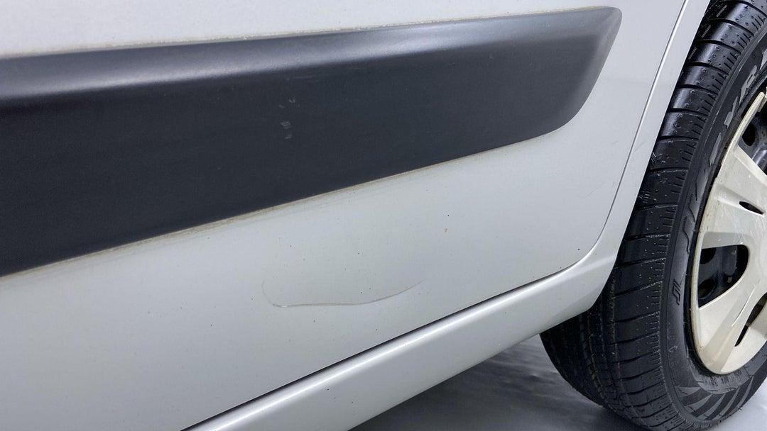 Left Rear Door Light Scratch