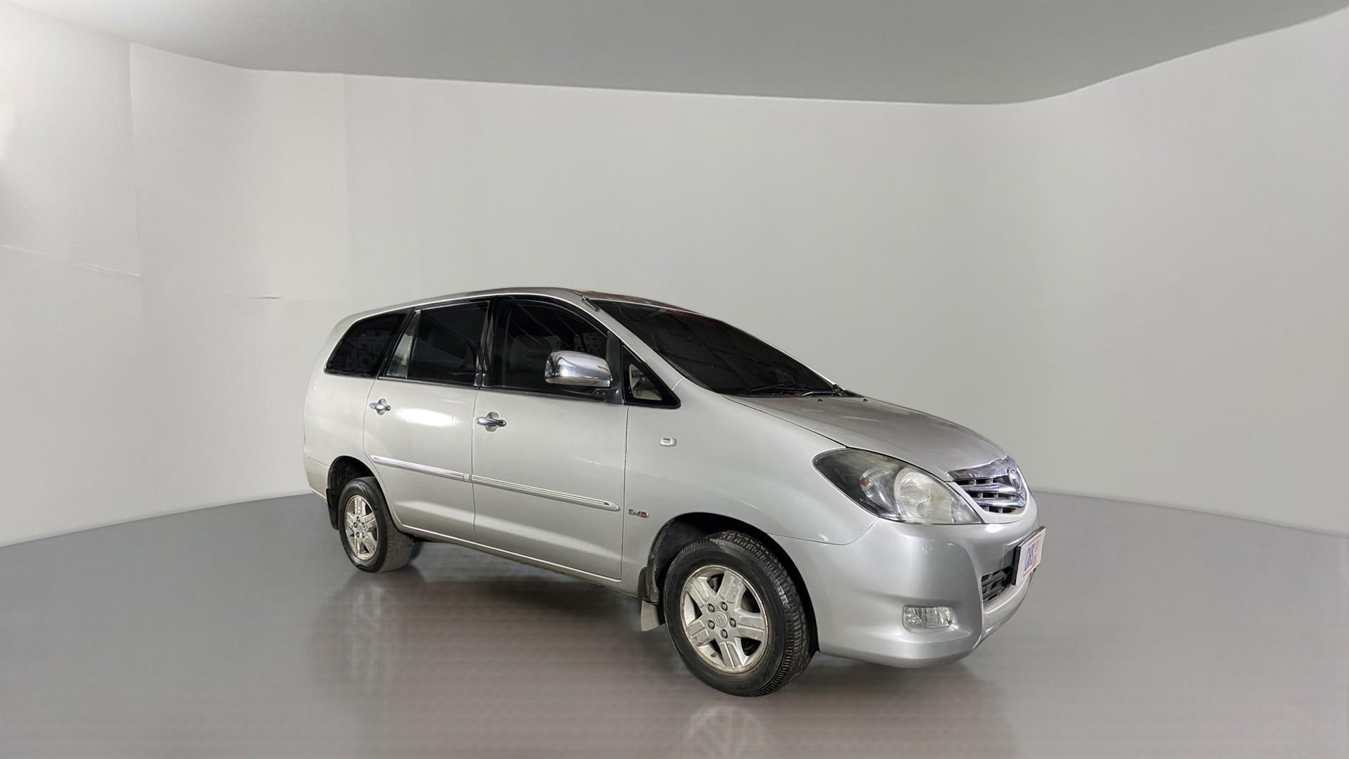 2008 Toyota Innova 2.5 V 7STR