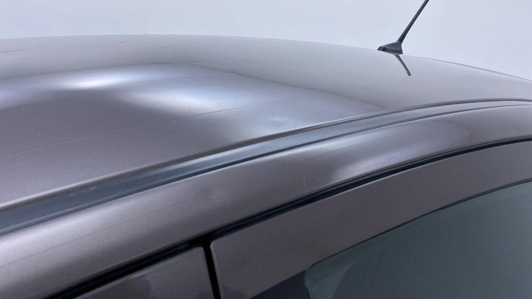ROOF DENT (1 TO 2 INCHES)