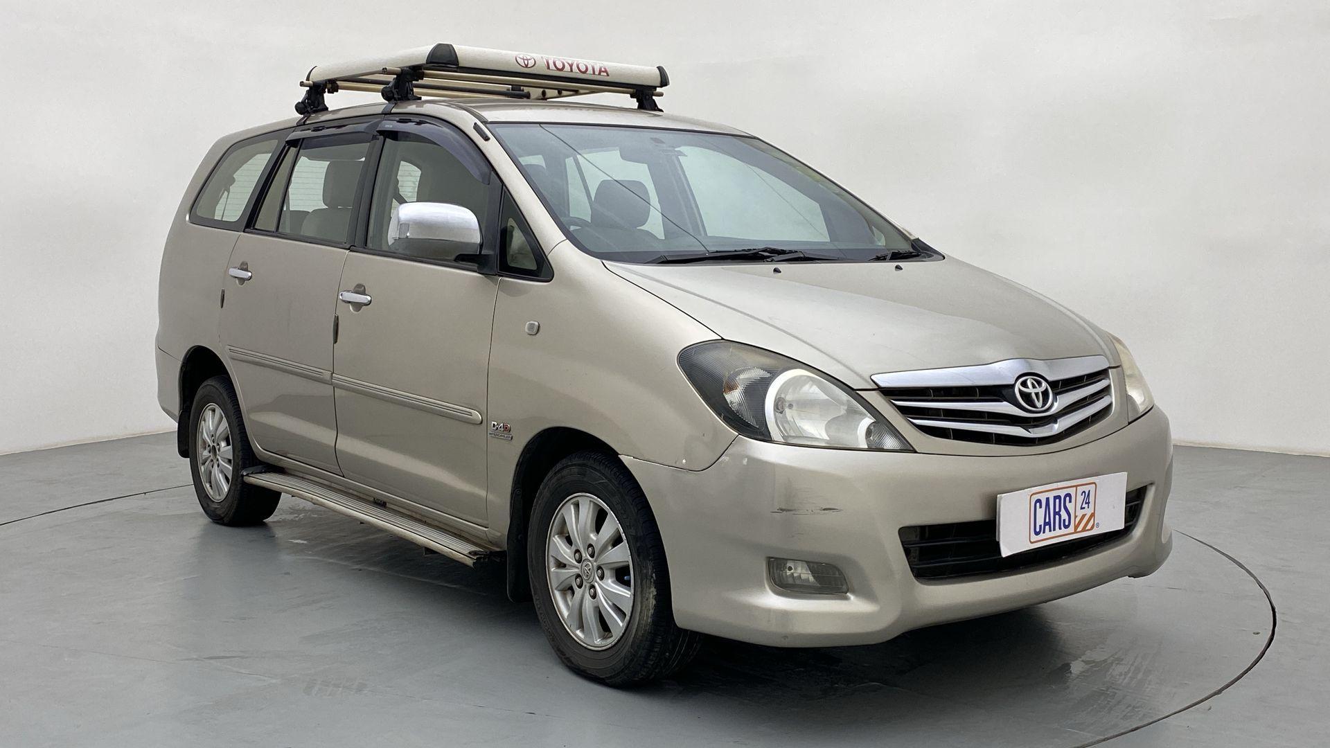 2010 Toyota Innova 2.5 V 7STR