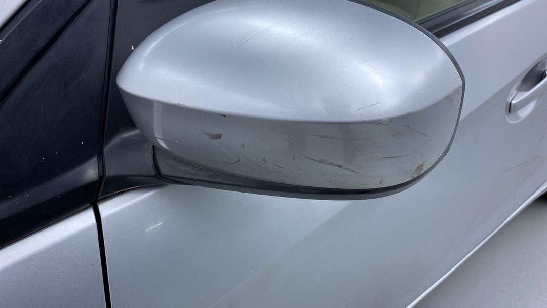 Left Front Mirror Housing Multiple Scratches Light (1/2 to 1 inch)