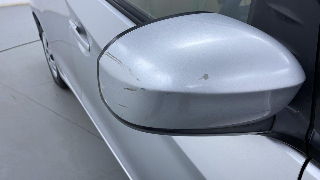 Right Front Mirror Housing Multiple Scratches Light (2 to 3 inches)
