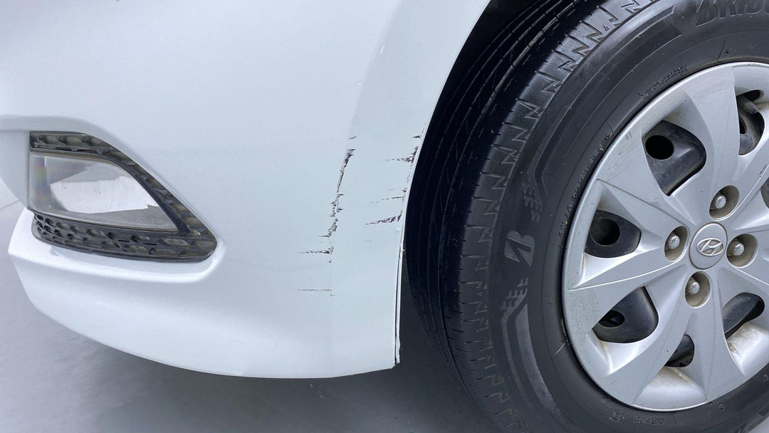 Front Left Bumper/Cover Multiple Scratches Heavy