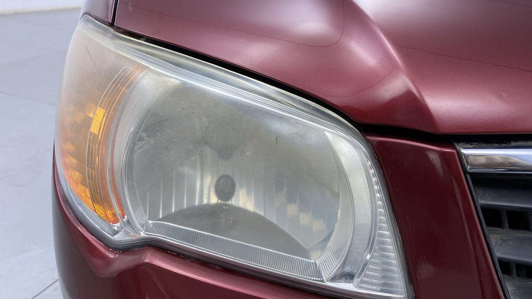 Right Head Lamp Multiple Scratches Light