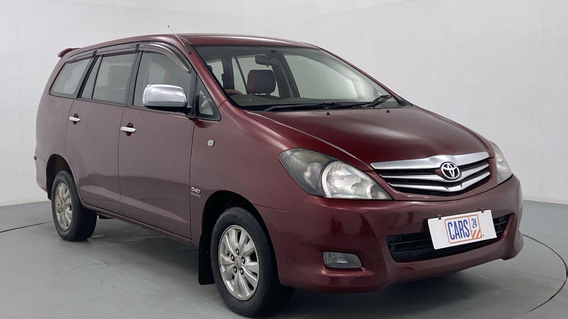 2011 Toyota Innova 2.5 V 7STR