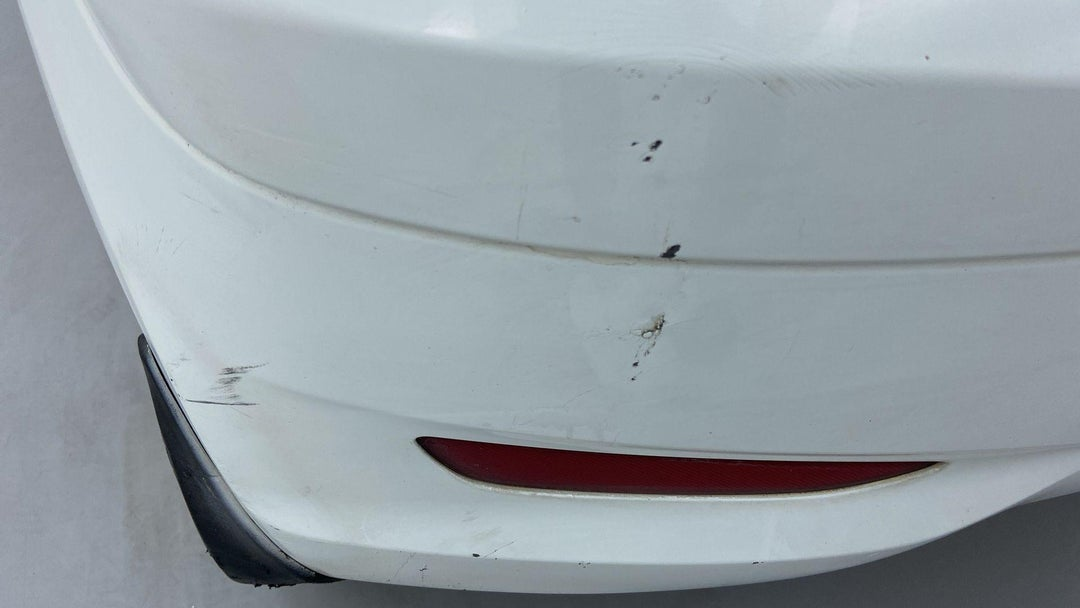 Left Rear Bumper/Cover Multiple Scratches Heavy (3 to 4 inches)