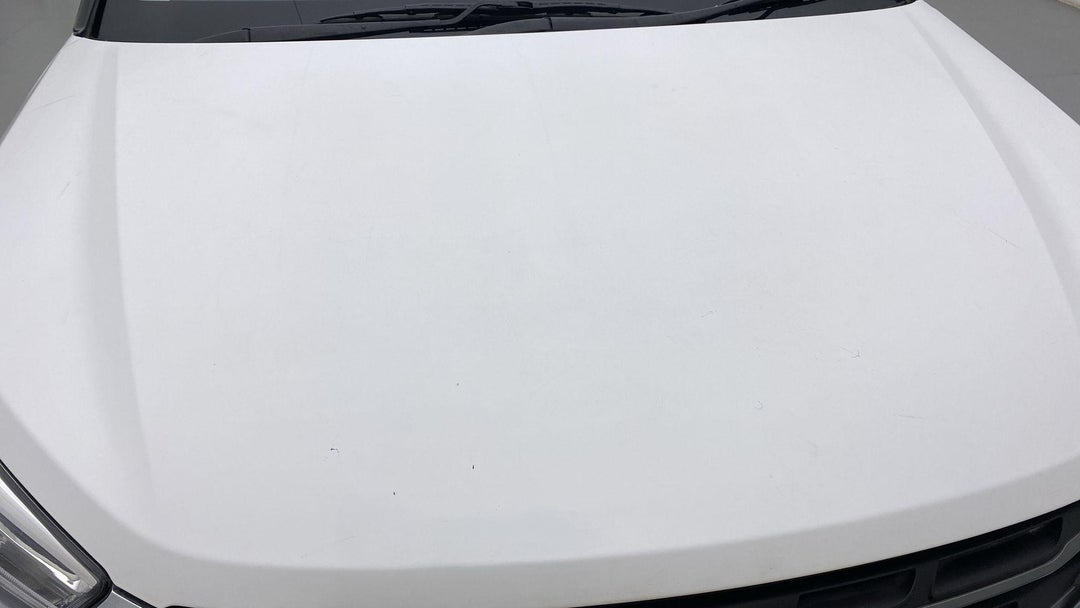 HOOD MULTIPLE SCRATCHES LIGHT (3 TO 4 INCHES)