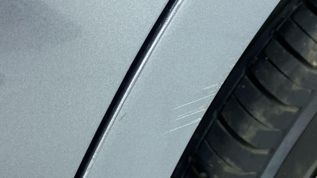 Left Qtr Panel Heavy Scratch (1 to 3 inches)