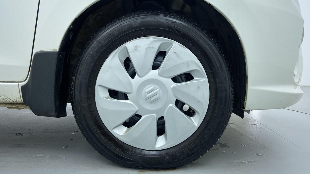 RIGHT FRONT WHEEL