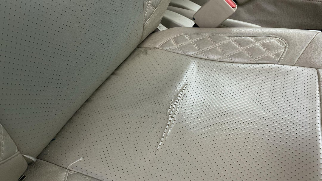 RIGHT FRONT SEAT SCRATCHED
