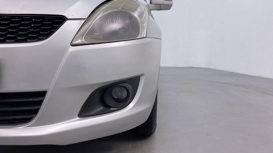 Front Left Bumper/Cover Scratched (3 to 4 inches)