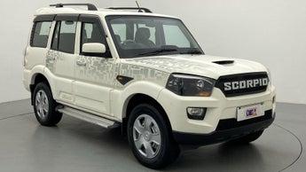 2016 Mahindra Scorpio S4PLUS