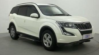 2018 Mahindra XUV500 W7 FWD