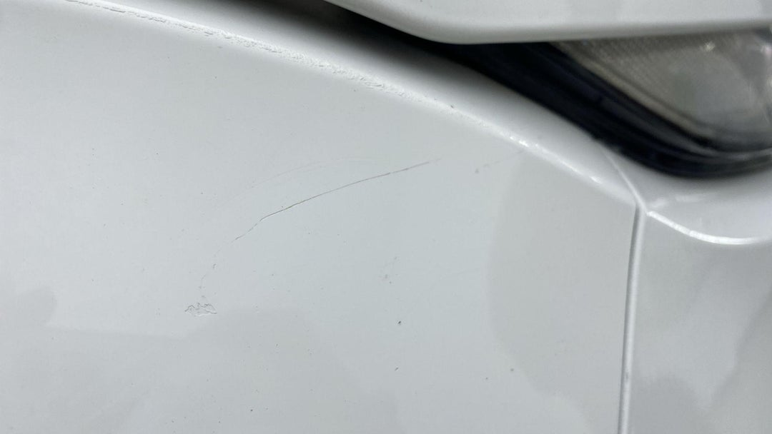 RIGHT FRONT FENDER SCRATCHES