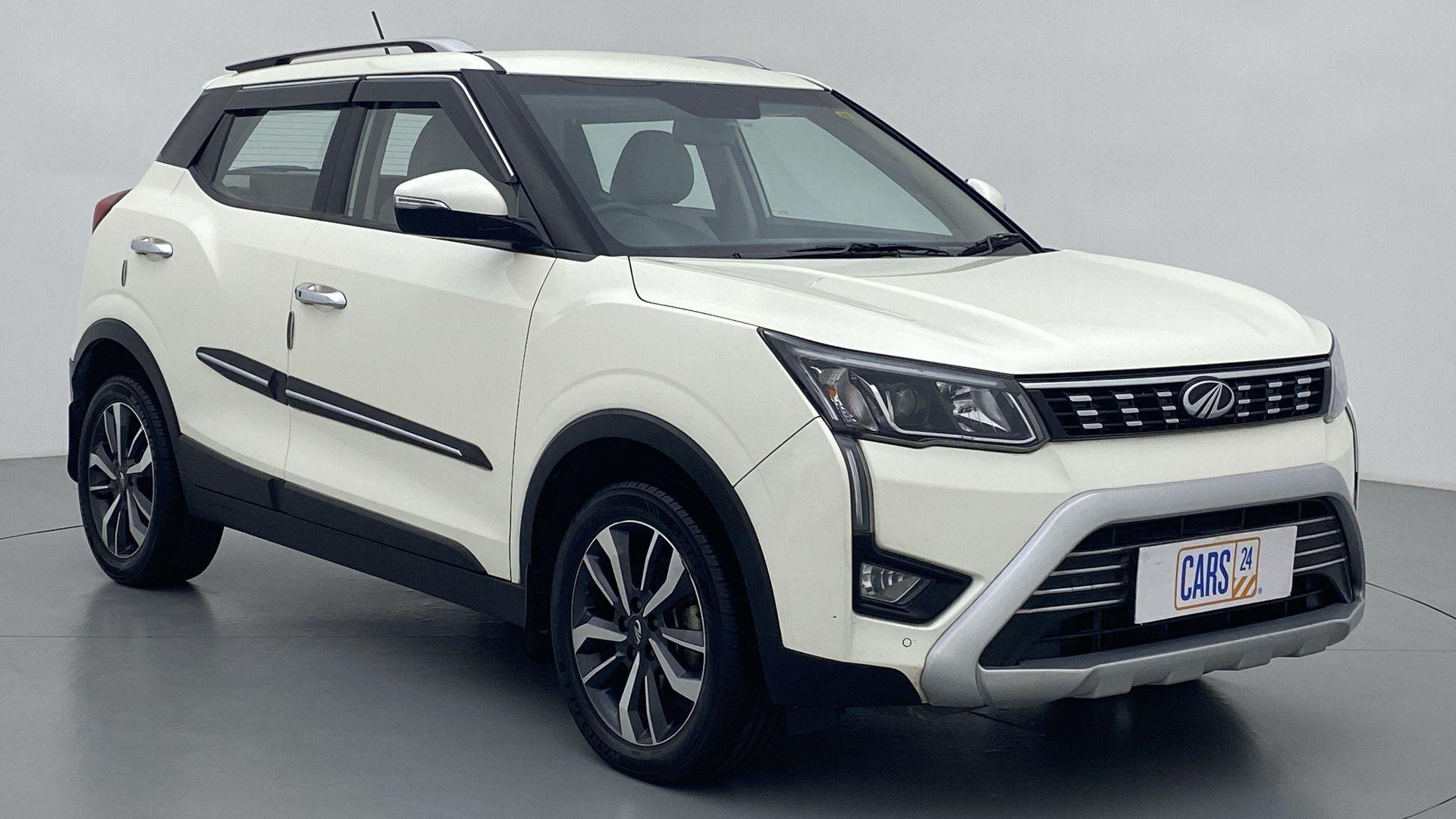 2019 Mahindra XUV 3OO W8(O)