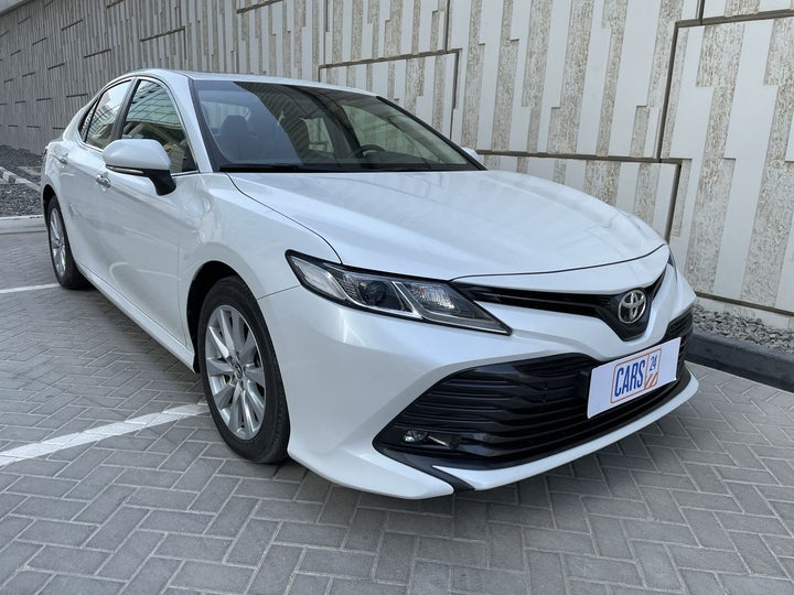 Toyota Camry-RIGHT FRONT DIAGONAL (45-DEGREE) VIEW