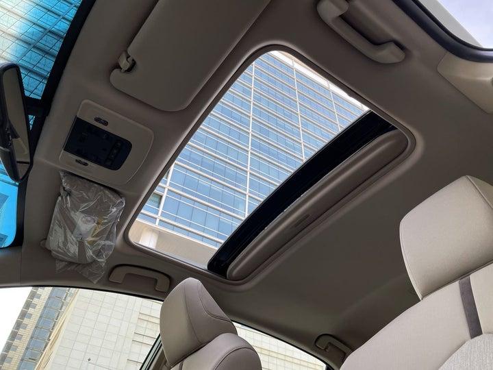 Toyota Camry-