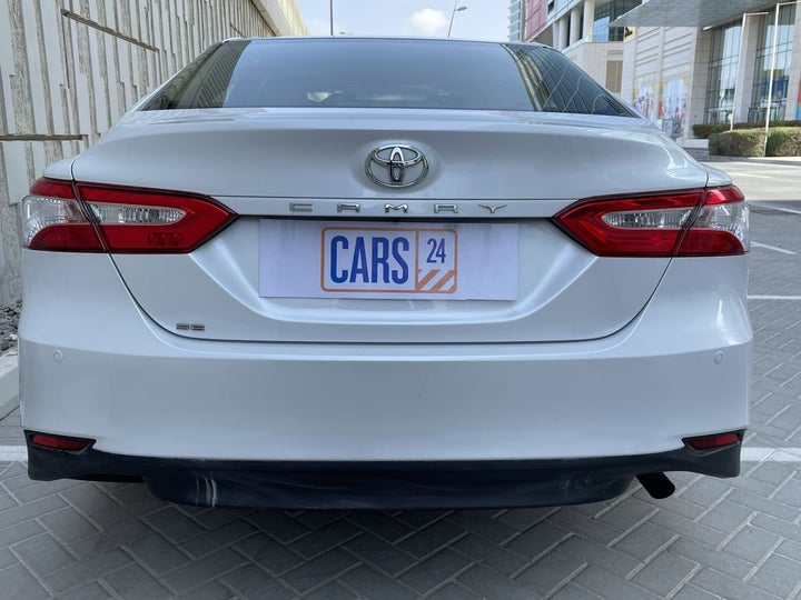 Toyota Camry-BACK / REAR VIEW