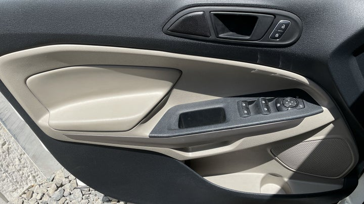 Ford Ecosport-DRIVER SIDE DOOR PANEL CONTROLS