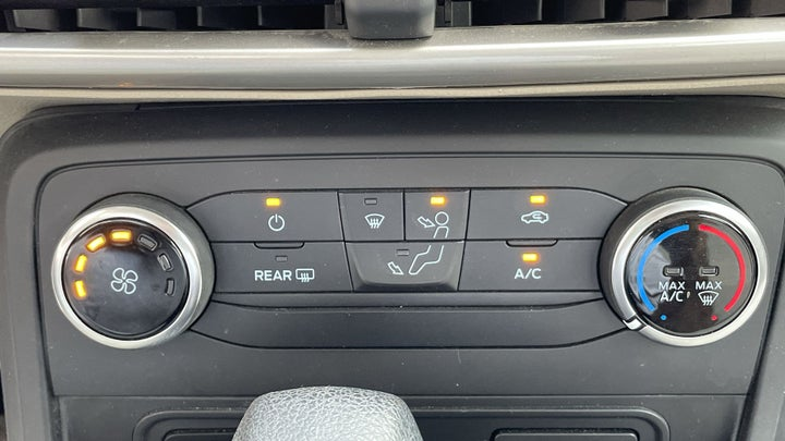 Ford Ecosport-AUTOMATIC CLIMATE CONTROL