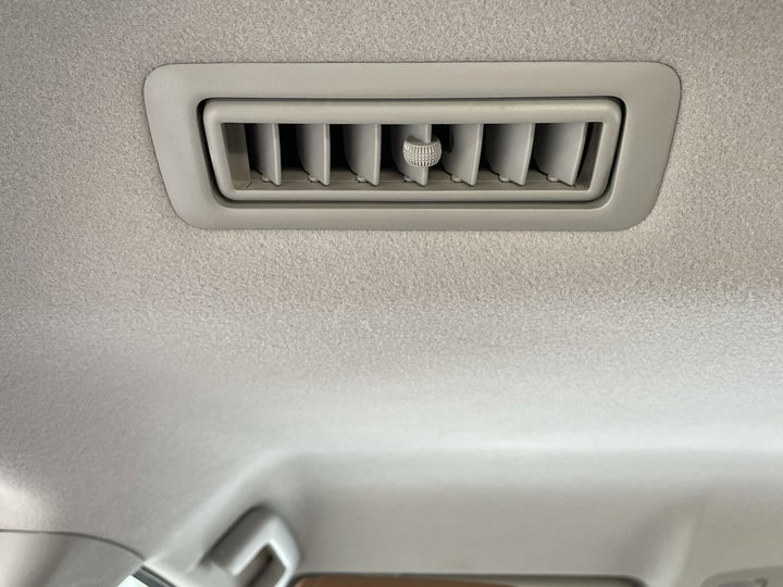 Toyota Fortuner-REAR AC VENT