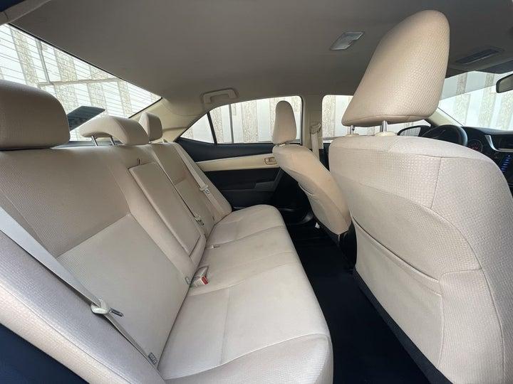 Toyota Corolla-RIGHT SIDE REAR DOOR CABIN VIEW