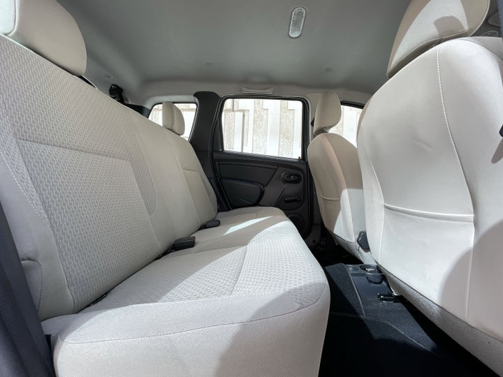 Renault Duster-RIGHT SIDE REAR DOOR CABIN VIEW