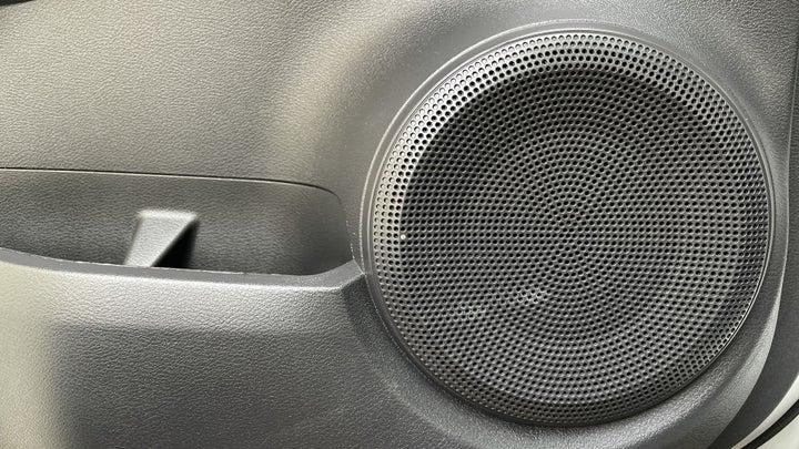 Nissan Kicks-SPEAKERS
